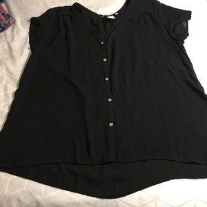 H&M black cap sleeve button v neck 8 100% poly